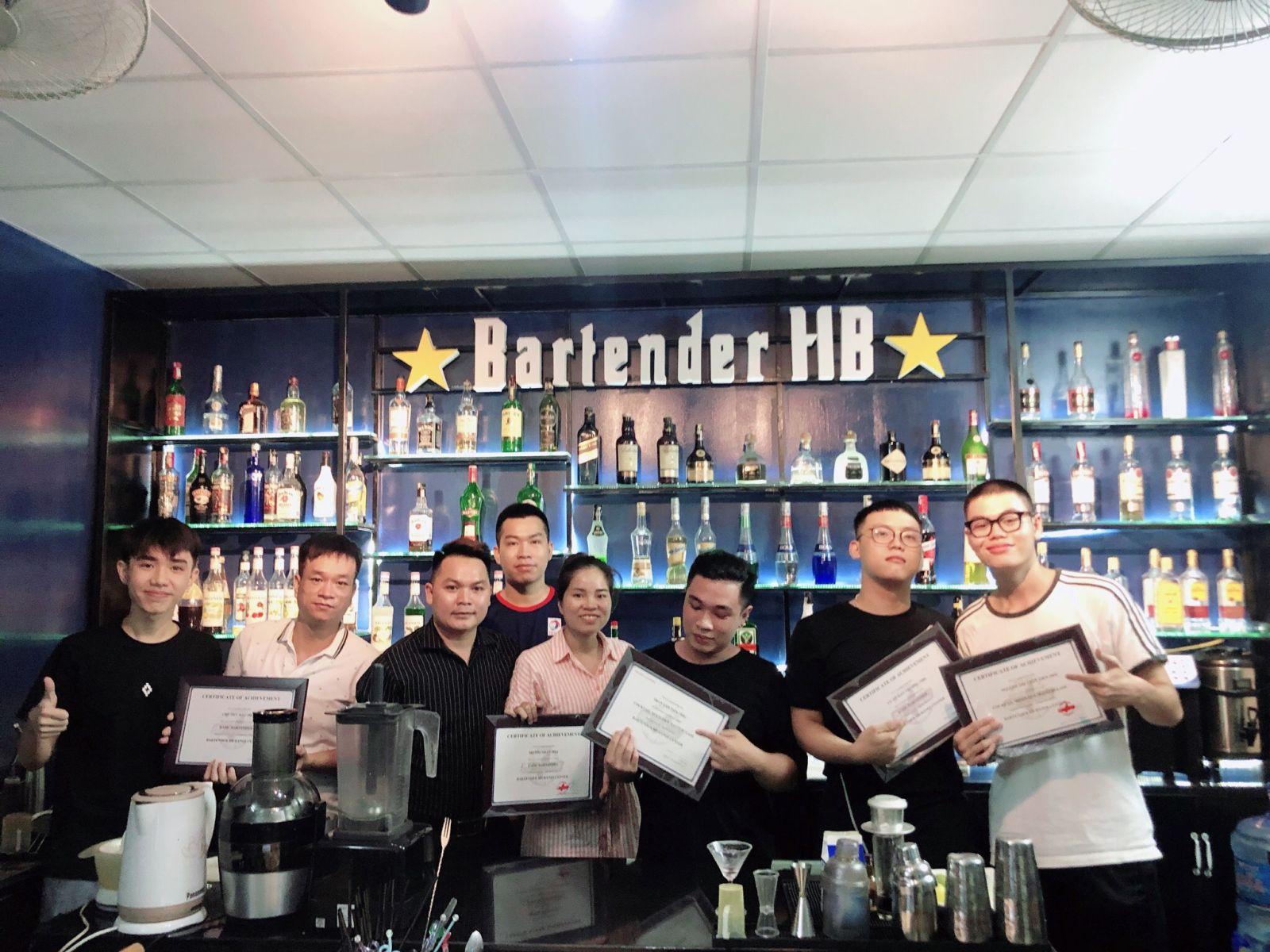 hình ảnh tại trung tâm dạy nghề pha chế Bartender
