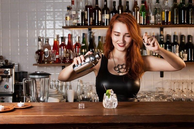 mức lương của bartender